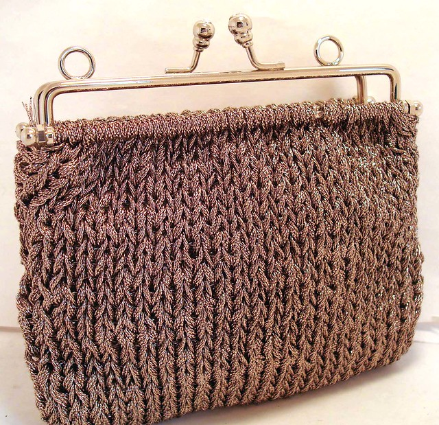 Knitted evening bag Just waiting for some elegant purse ...