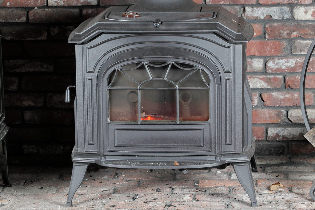 Vermont Castings Resolute Acclaim Stove View More