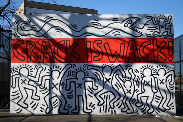 Keith haring crack is wack back flickr photo sharing for Crack is wack keith haring mural