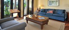 VillaHotel Stella - guest house sitting room | by Villazzo VillaHotels