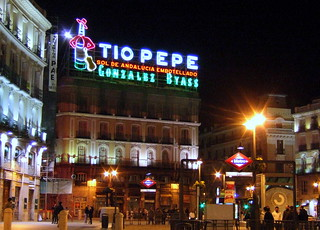 Tio Pepe Sign Puerta Del Sol Plaza Madrid The Tio