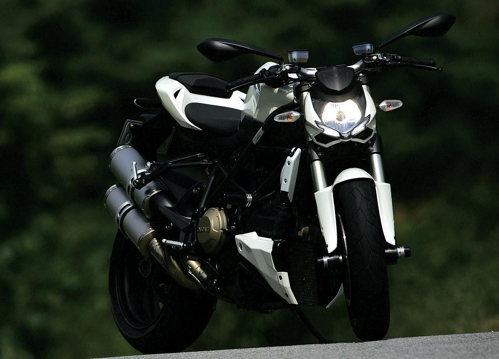 New Ducati Streetfighter