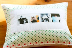 A Pillow for Rachel | by The Sometimes Crafter