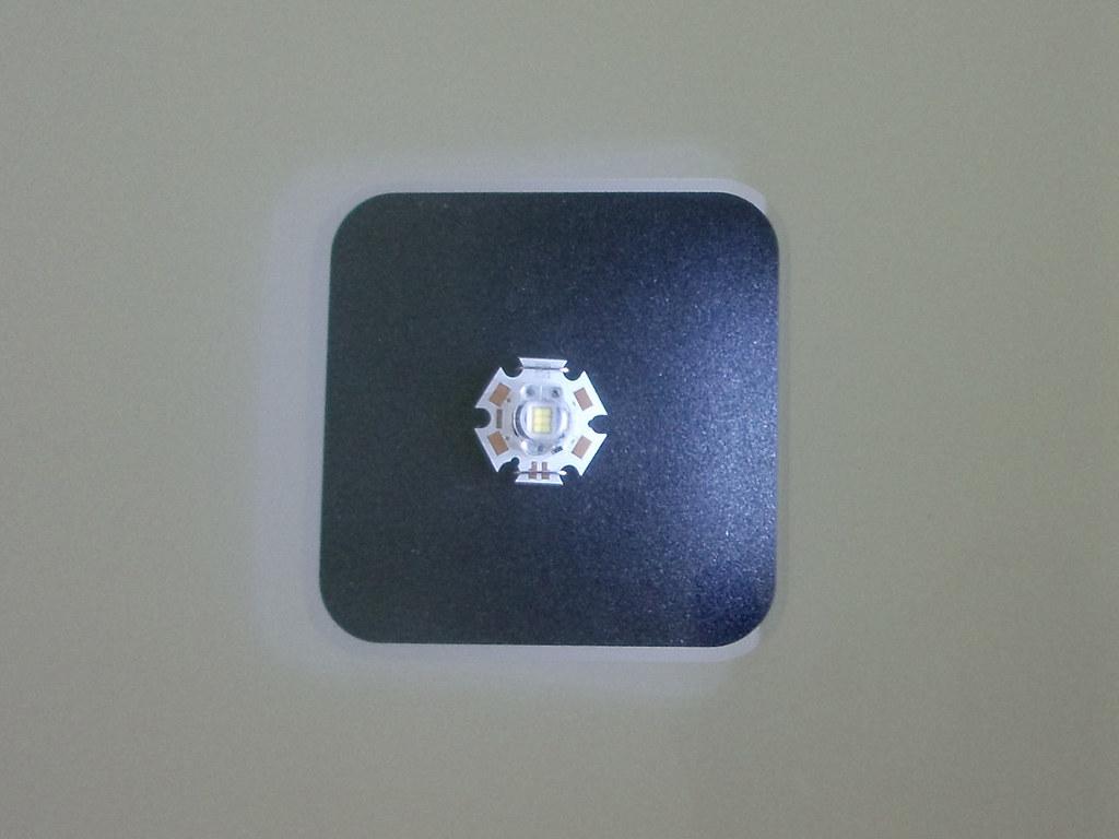 Sehr helle Leuchtdiode (kann blenen)  Science Express ...