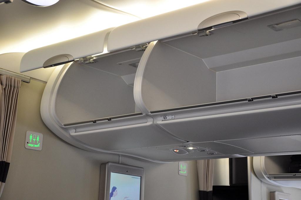 A380 Pont Principal Voyageur Overhead Bins Airbus
