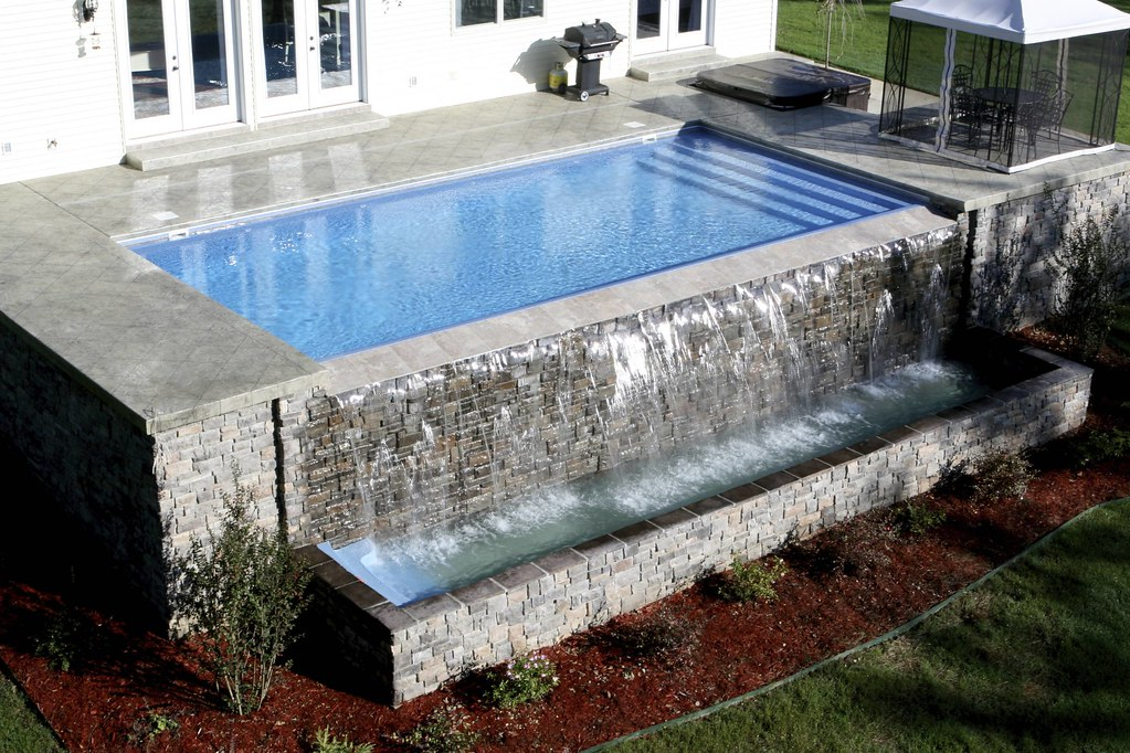 Raleigh swimming pool builder splash pools nc www for Pool design raleigh nc