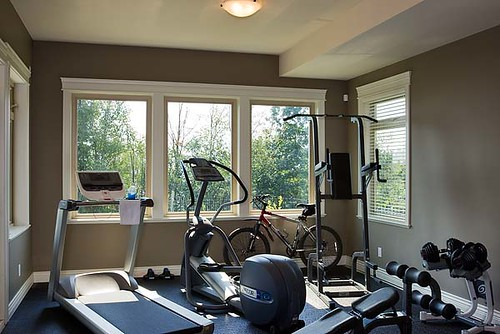 Mountain view timber frame home fitness room the