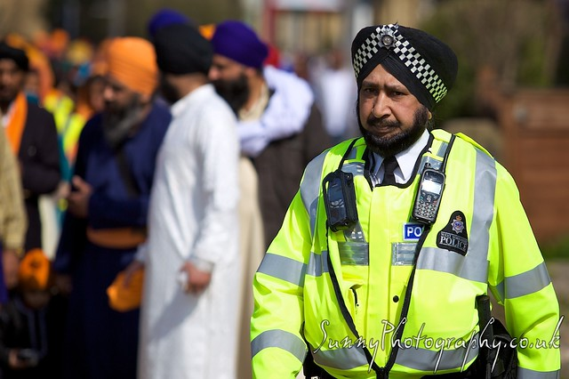 sikh police officer a turban wearing sikh police officer