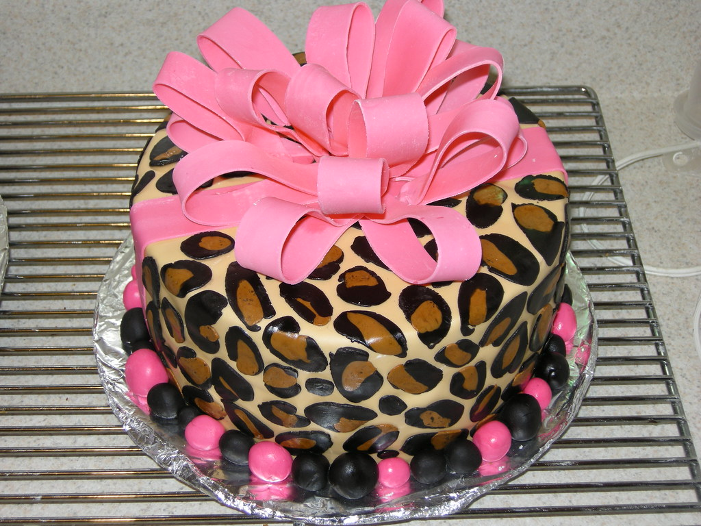 Pictures Of Leopard Birthday Cakes