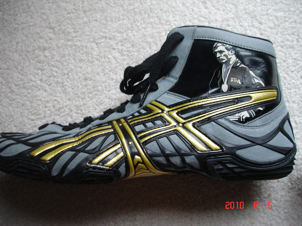 Dan gable limited edition wrestling shoes