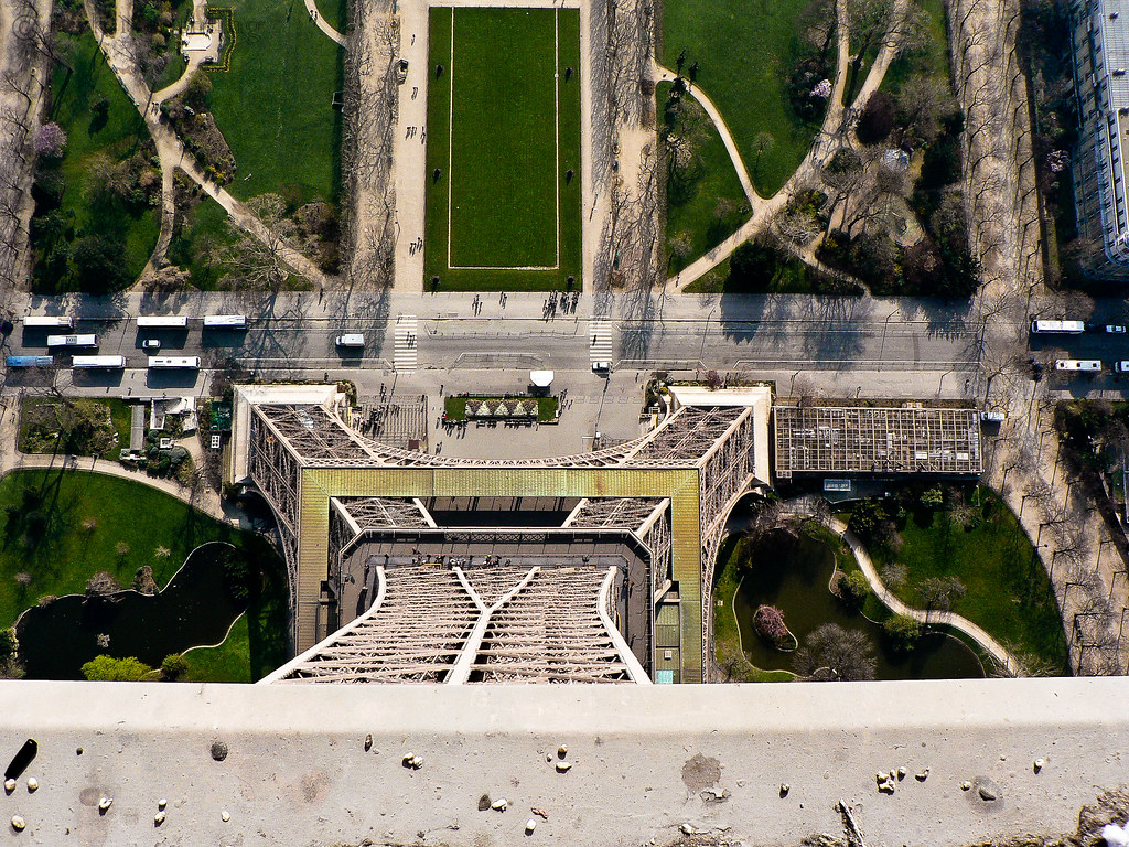 Eiffel Tower from above | Always loved this photo. Old one ...