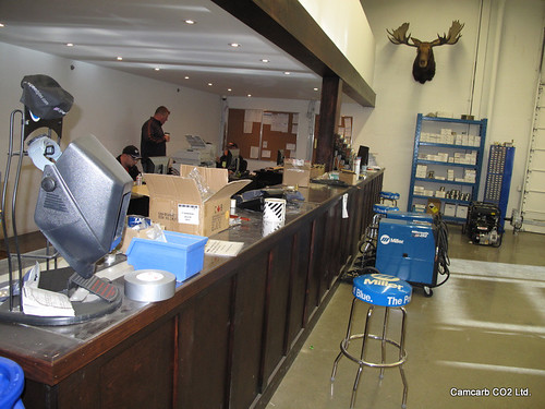 camcarb co2 welding supplies showroom toronto dry ice. Black Bedroom Furniture Sets. Home Design Ideas