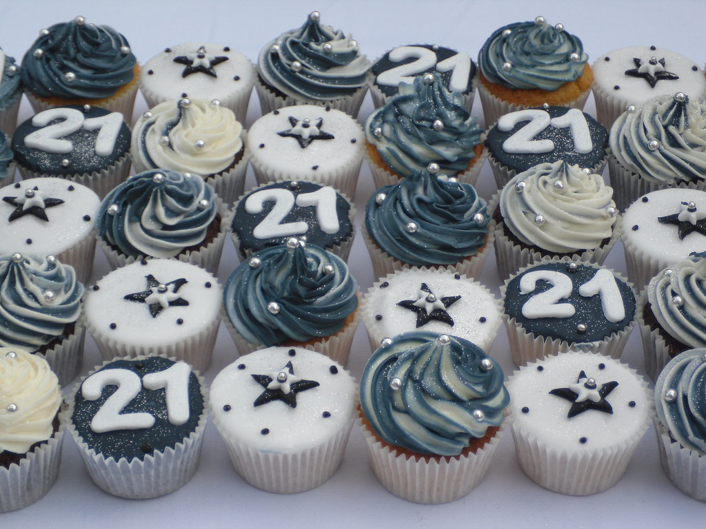 Cupcake Decorating Ideas For Guys : 21st birthday cupcakes Lisa Dowthwaite Flickr
