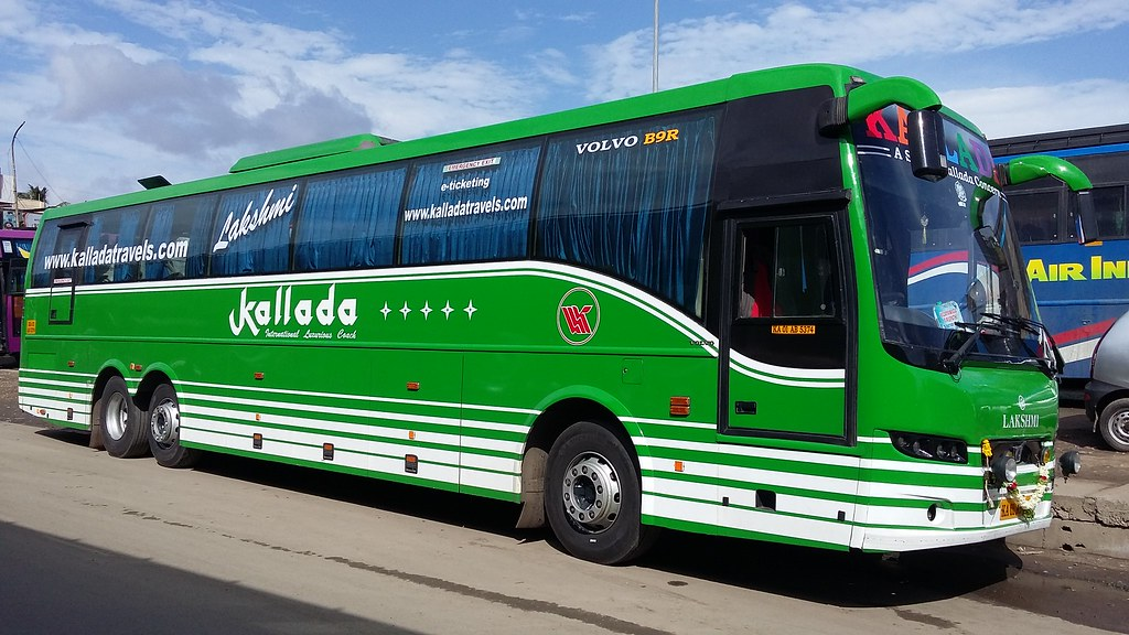 Kallada Travels Ka 01 Ab 5374 B9r Volvo Multi Axle 2 2 A C Flickr