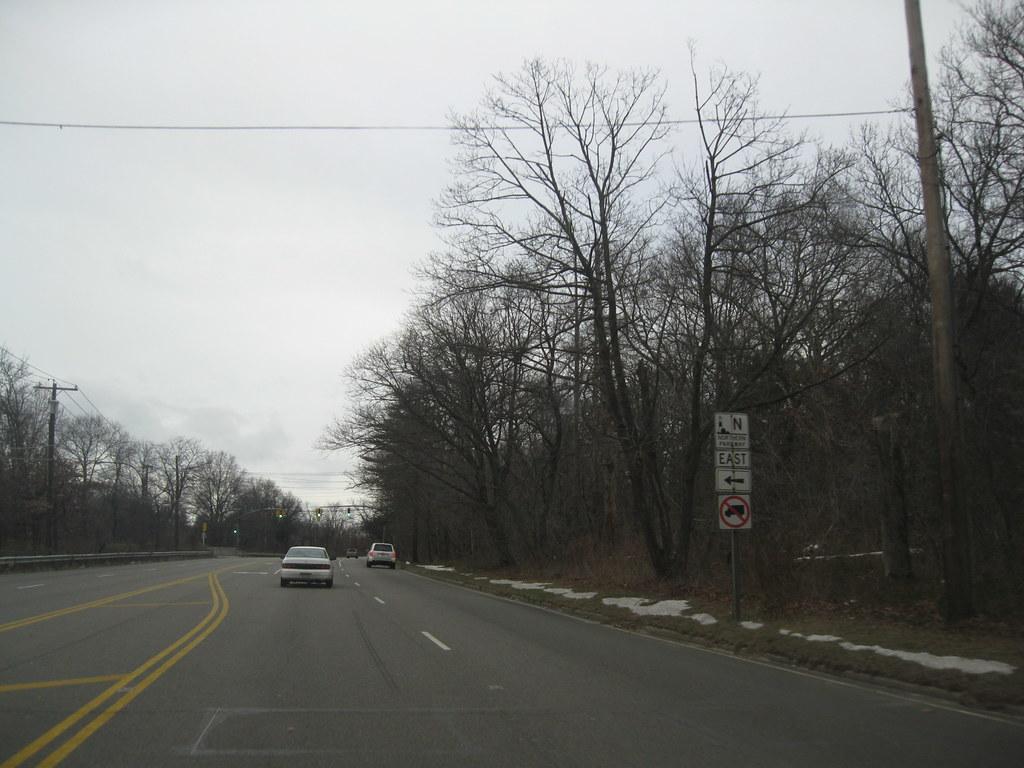 Glen Cove Road Long Island