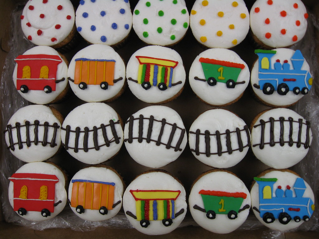 Train Cupcakes Haines Barksdale Flickr