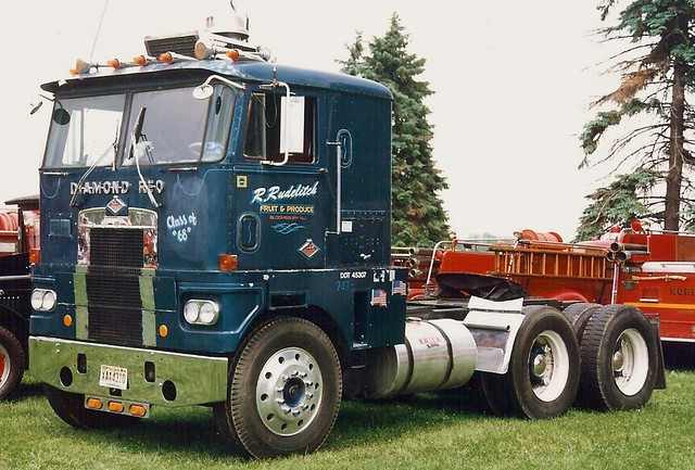 Diamond reo trucks flickr sciox Image collections