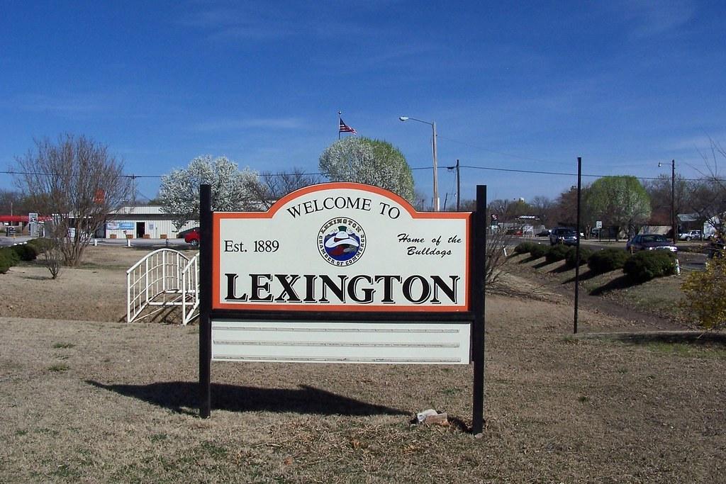 Lexington On The Lake Apartments