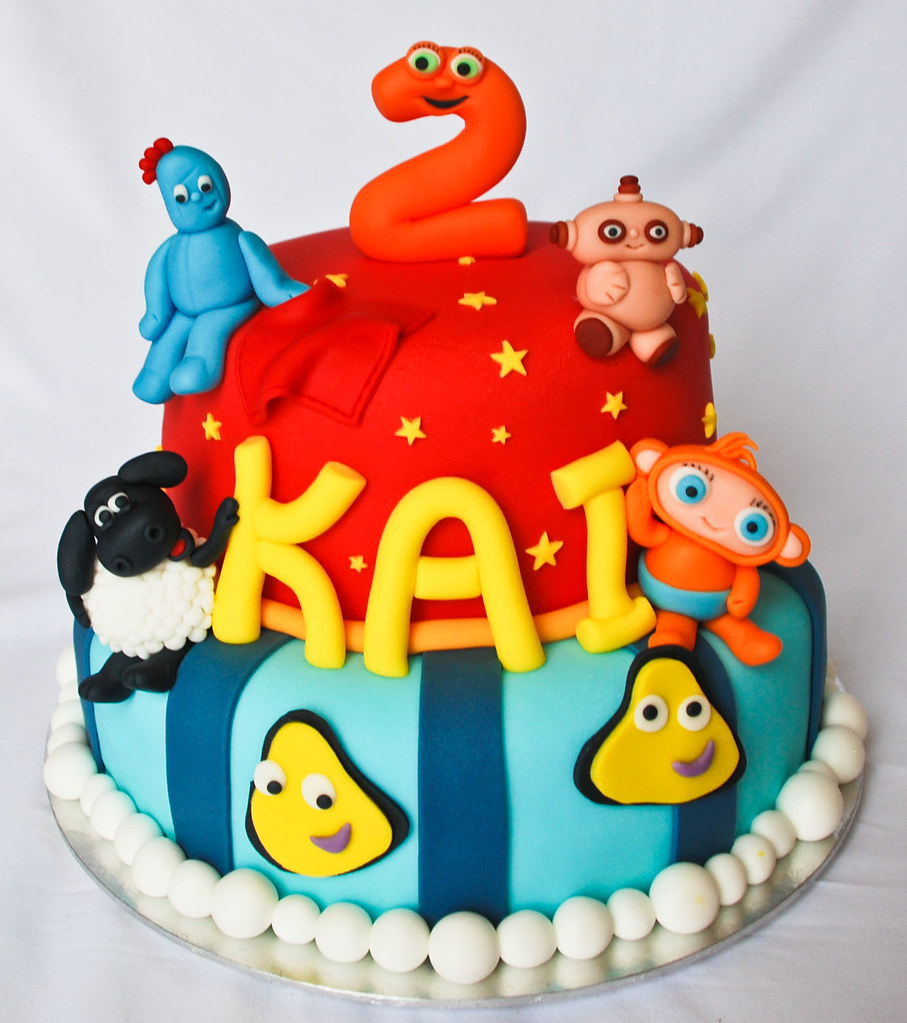 Cbeebies Birthday Cake Visit Me And Like My Facebook