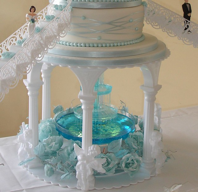 Small Wedding Cake Fountain
