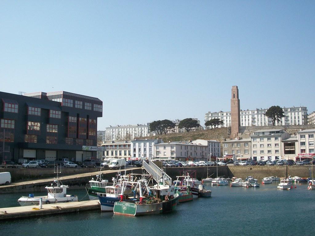 Le quai de la douane du port de commerce brest water fro flickr - Restaurant port de commerce brest ...