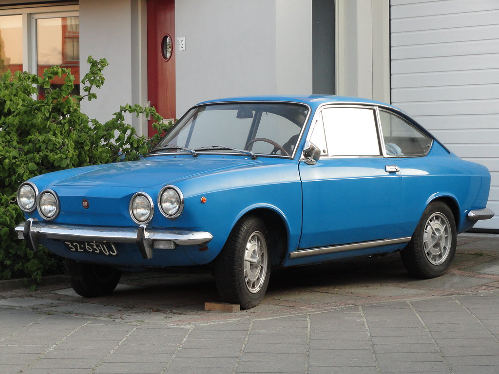 1972 fiat 850 sport coupe 20 may 2010 alphen a d rijn. Black Bedroom Furniture Sets. Home Design Ideas