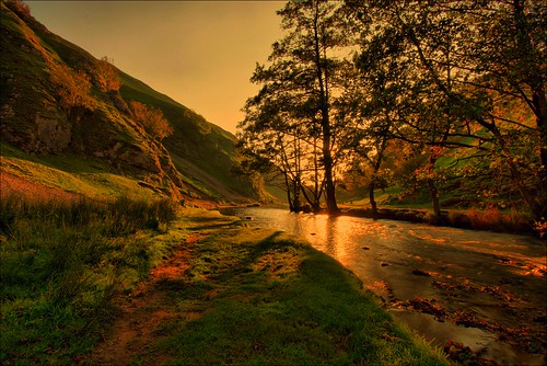 Sun going down at Dovedale, The Peak District | by Andy Watson1