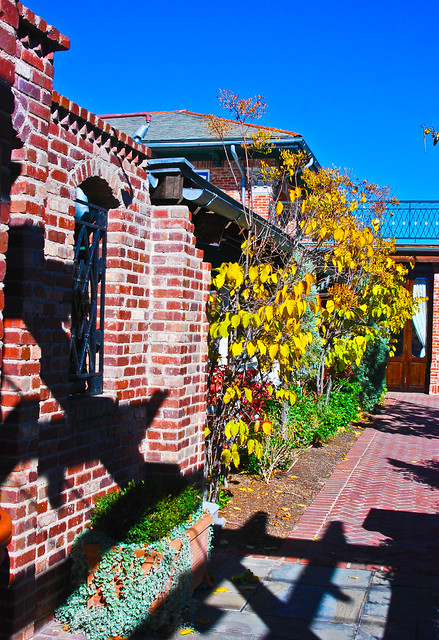 Side Walkway To Pappadeaux New Orleans Restaurant Flickr