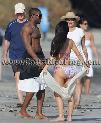 Reggie Bush And Kim Kardashian Beach Reggie Bush and...