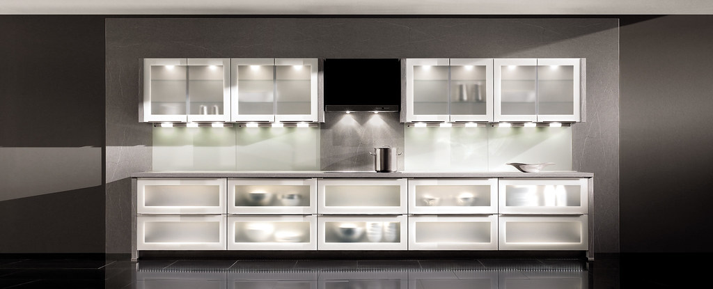 Cocinas modernas serie urban variantes de cristal en - Cocinas de cristal ...