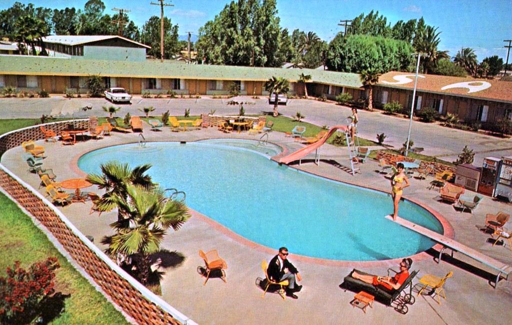 Sahara Motor Hotel - Blythe, California