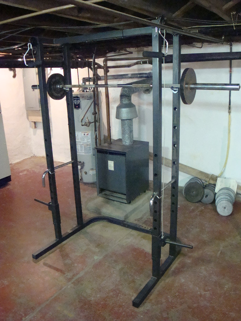 Weider Pro 545 Squat Rack Includes Pulley And Cable