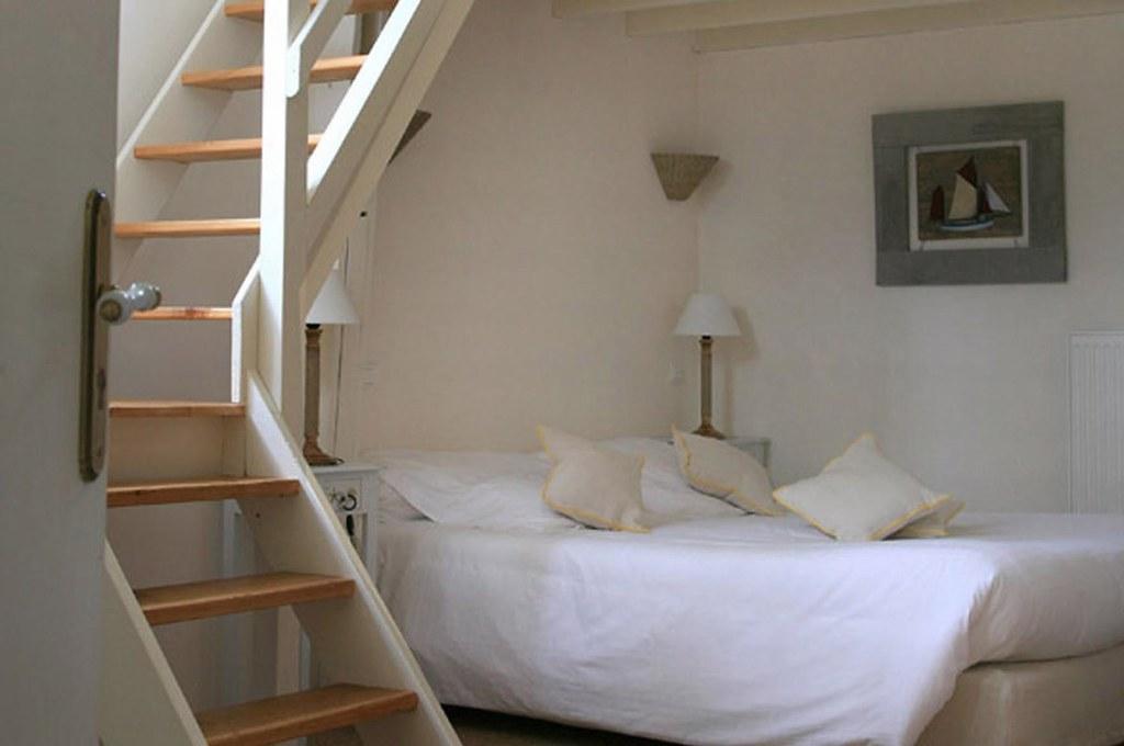 chambres d 39 h tes dans la baie du mt st michel bretagne romantique flickr. Black Bedroom Furniture Sets. Home Design Ideas