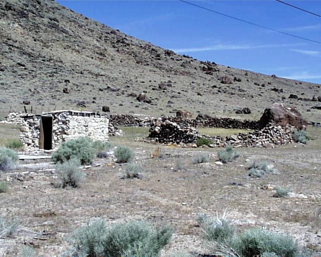 030214 Nevada, Warm Springs, Derelict Gas Station? | Flickr