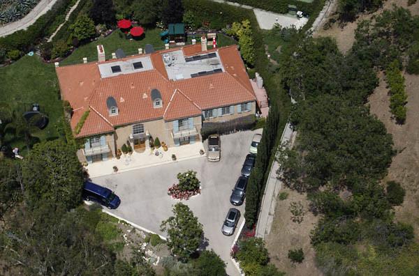 luftbild villa von heidi klum und seal aerial view of the flickr. Black Bedroom Furniture Sets. Home Design Ideas
