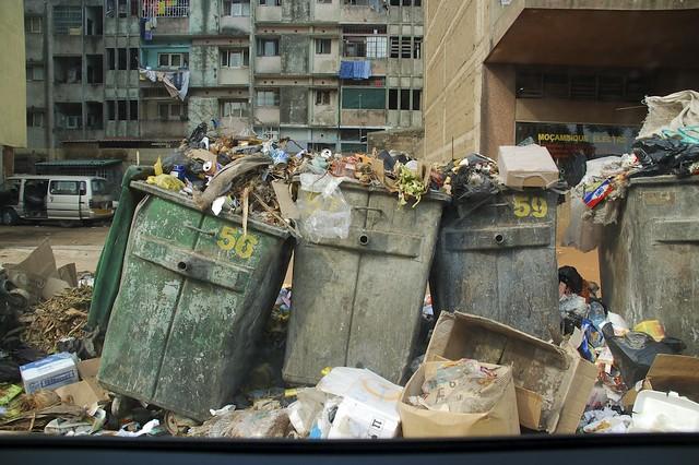 Maputo trash chris de bruyn flickr - De breuyn mobel ...