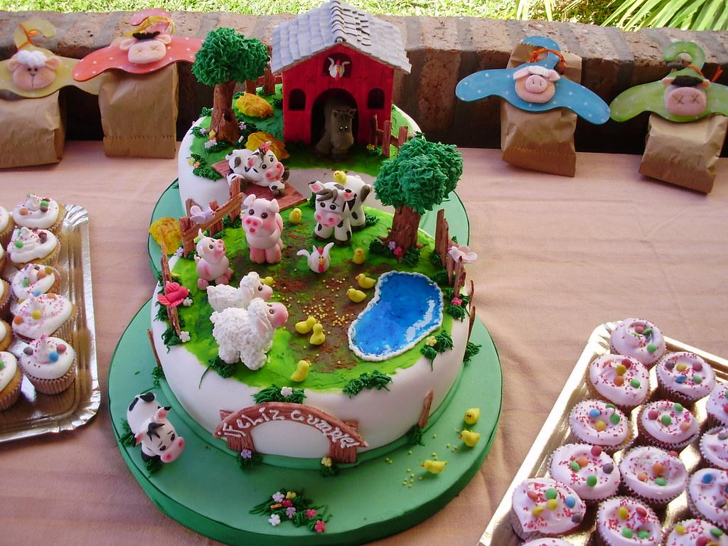 Torta infantil la granja for Decoracion de tortas infantiles