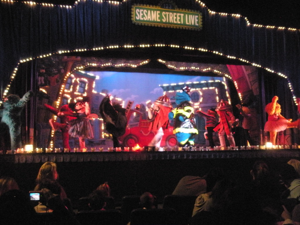 Perfect ... Sesame Street Live At Madison Square Garden | By Mjording Amazing Ideas