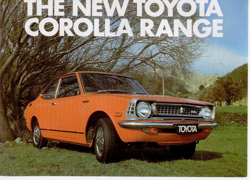 Toyota Corolla Ke20 N Z Brochure 1973 Front Cover From