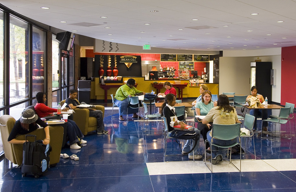 Valencia West Lounge | One of Valencia's West Campus ...