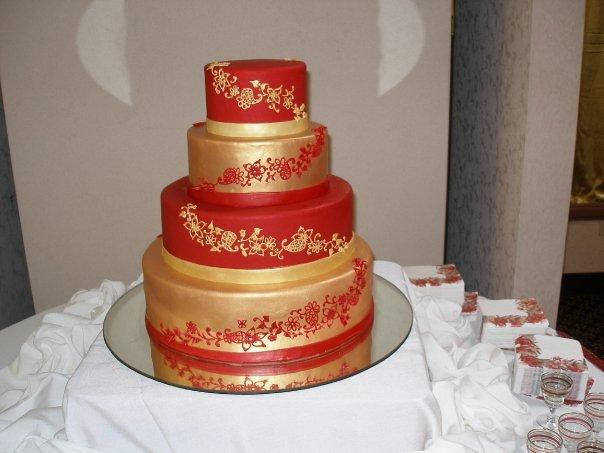 red and gold wedding cake pictures and gold wedding cake giordanospastries flickr 19079