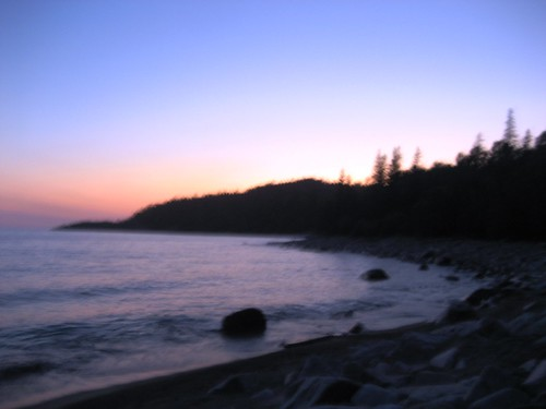 old woman bay sunset a beautiful sunset on lake superior. Black Bedroom Furniture Sets. Home Design Ideas
