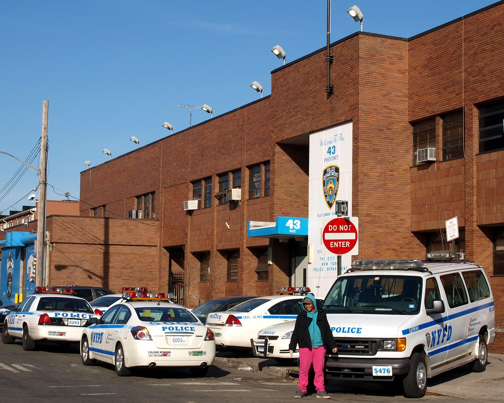P043 NYPD Police Station Precinct 43 Parkchester Bronx   Flickr