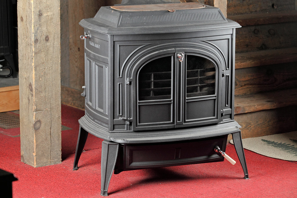 Vermont Castings Vigilant Stove | by FireplaceVillage Vermont Castings  Vigilant Stove | by FireplaceVillage - Vermont Castings Vigilant Stove View More Fireplace, Wood €� Flickr