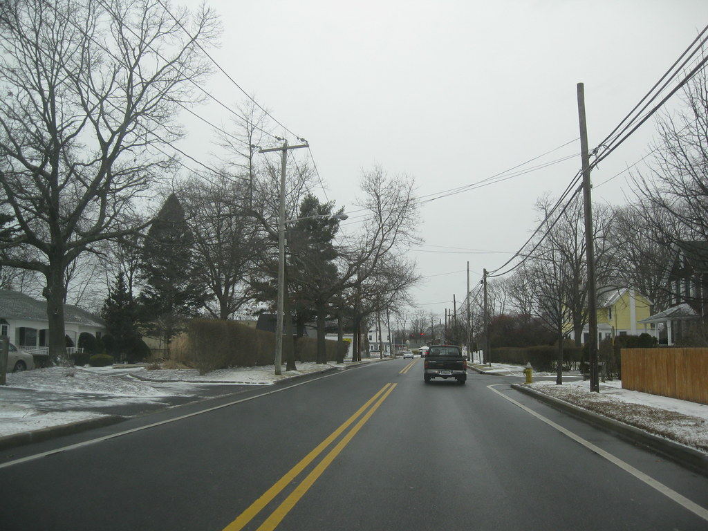 Long Island Galleries