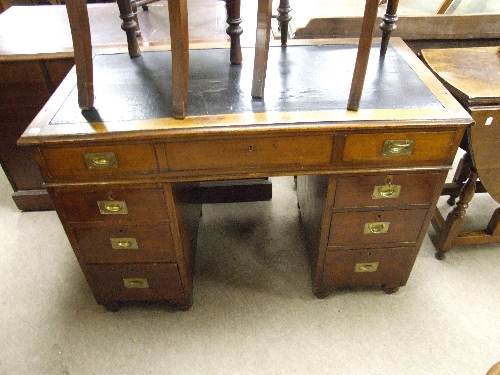 ... Antique Campaign Desk | by 1818 Auctioneers - Antique Campaign Desk A Late Victorian/Edwardian Mahogany … Flickr