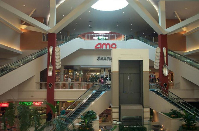 Fashion Valley Mall Cinemas