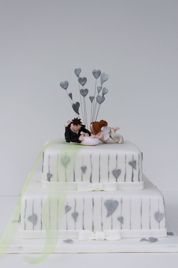 Hochzeitstorte Silber Weiss Mit Herzen Und Individueller To Flickr