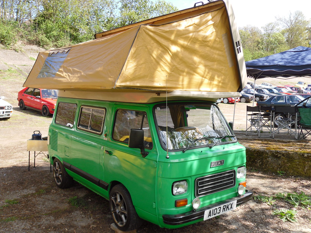 1984 fiat 900 903cc campervan fills the frame quite well d flickr. Black Bedroom Furniture Sets. Home Design Ideas