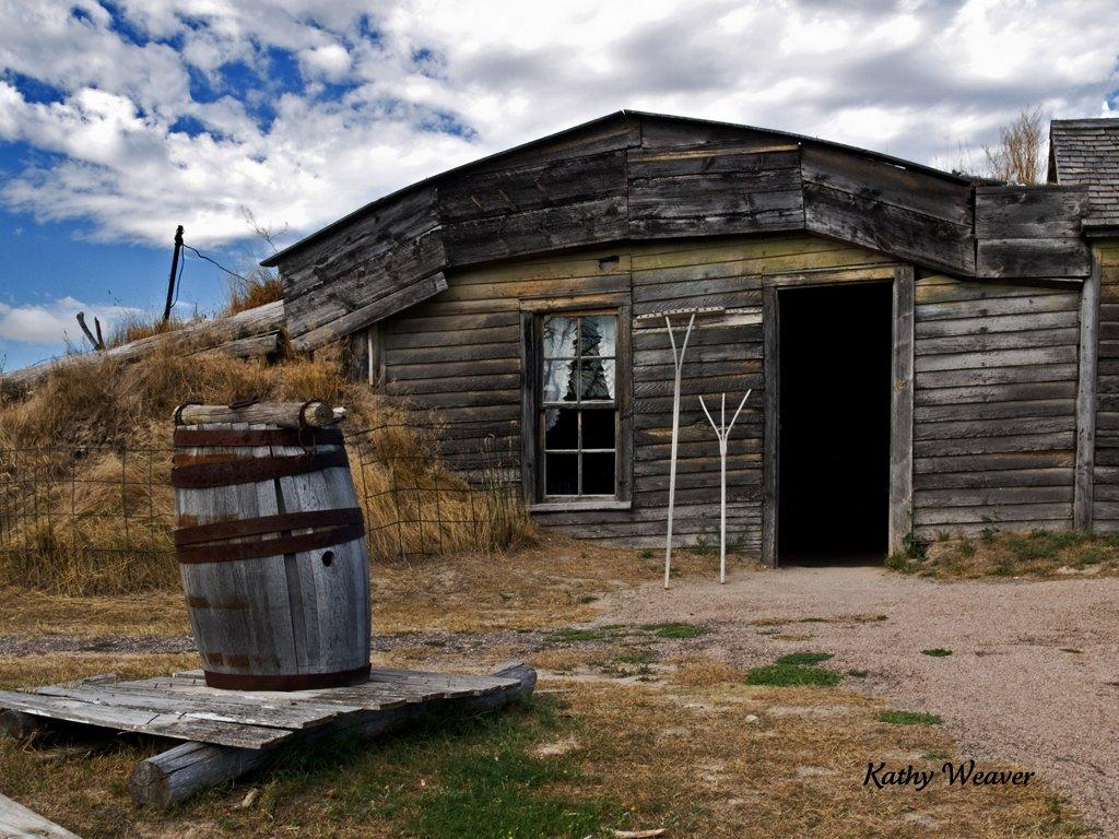 Sod dugout home the prairie homestead in philip south for South dakota modular homes